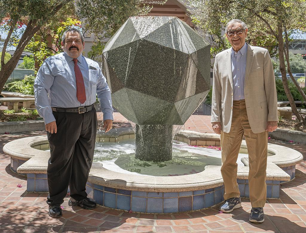 Roberto Garza Lopez, Harry Gray, Chemistry, Professors, COVID-19 research