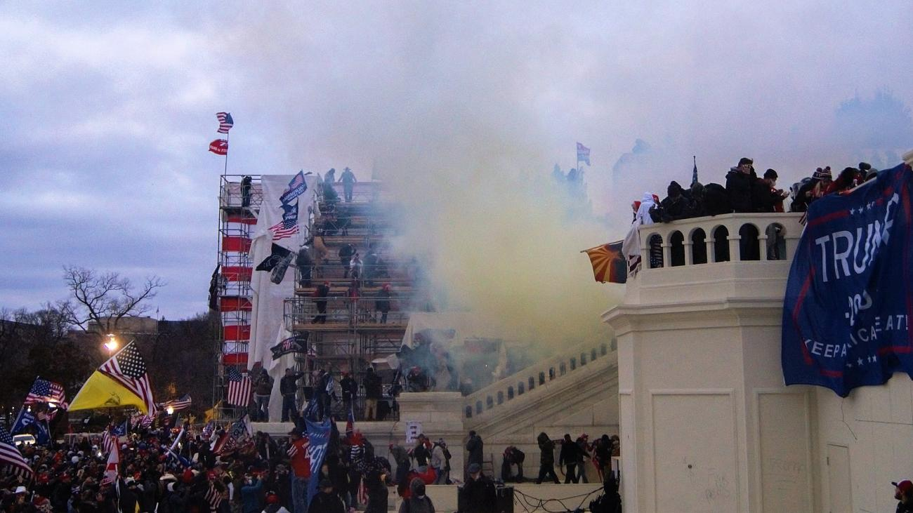 Tear gas U.S. Capitol