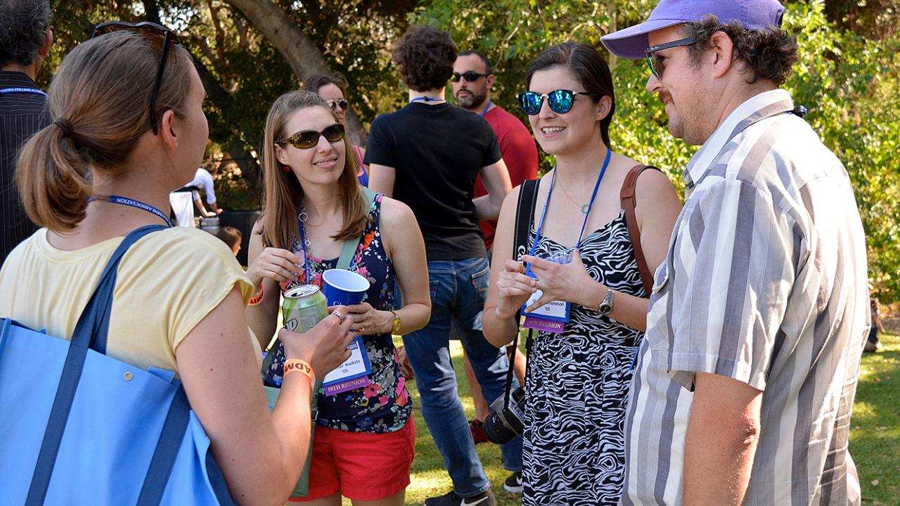 Alumni talking at Alumni Weekend 2015 at Pomona College